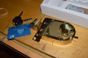 lock replacement locksmith services